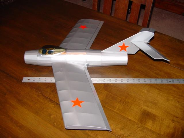 Side view of the fully covered Mig15